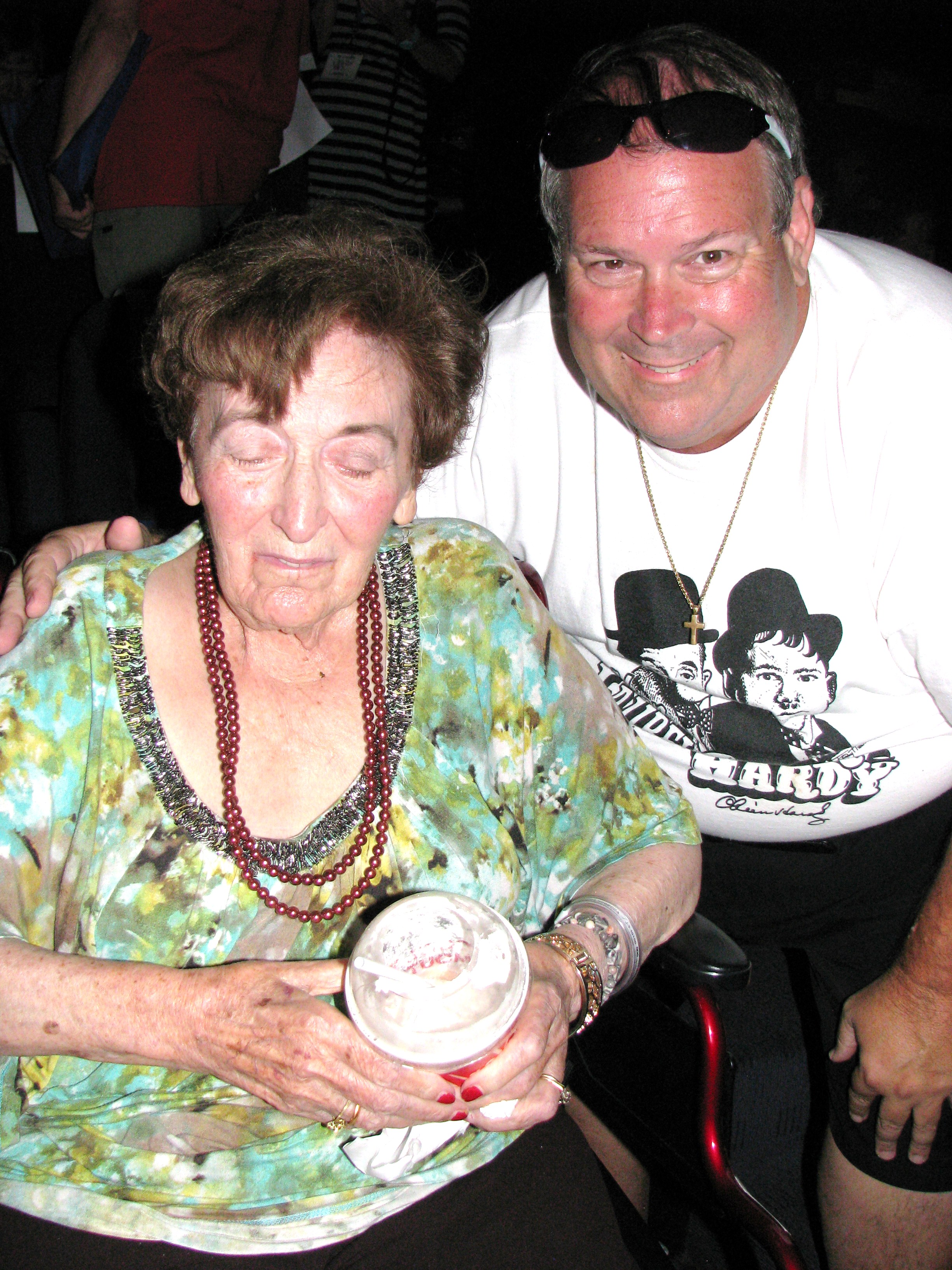 Closing night of the convention was once again at the Egyptian Theater Betty Goulding, the widow of Chump's director Alf Goulding attended.  Betty was the very first celebrity Son I met at my first WOW Tent meeting in 1972!