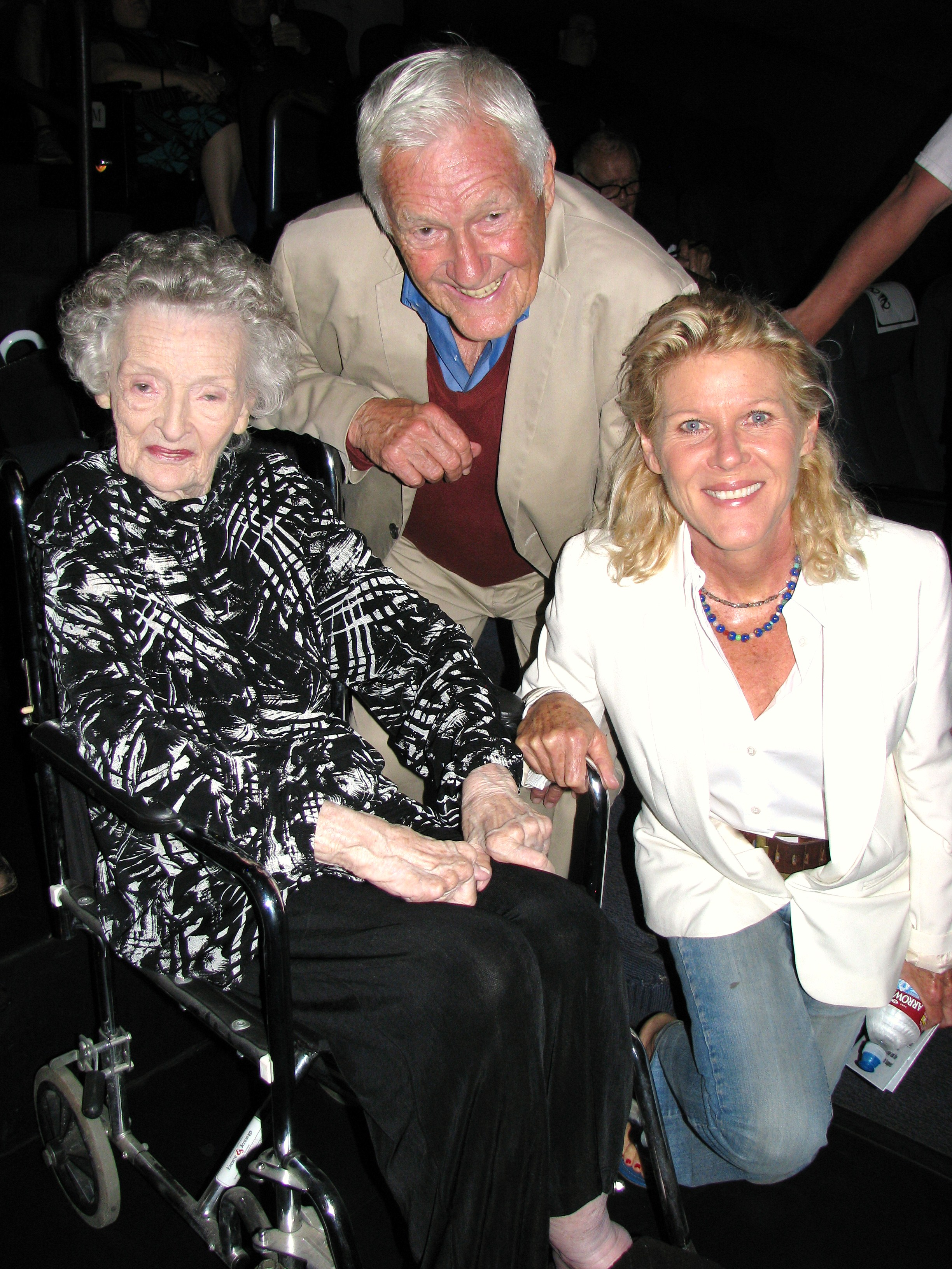 One of the Sons Founding Members actor Orson Bean and his wife Alley Mills (from the Wonder Years) pose with Lois.