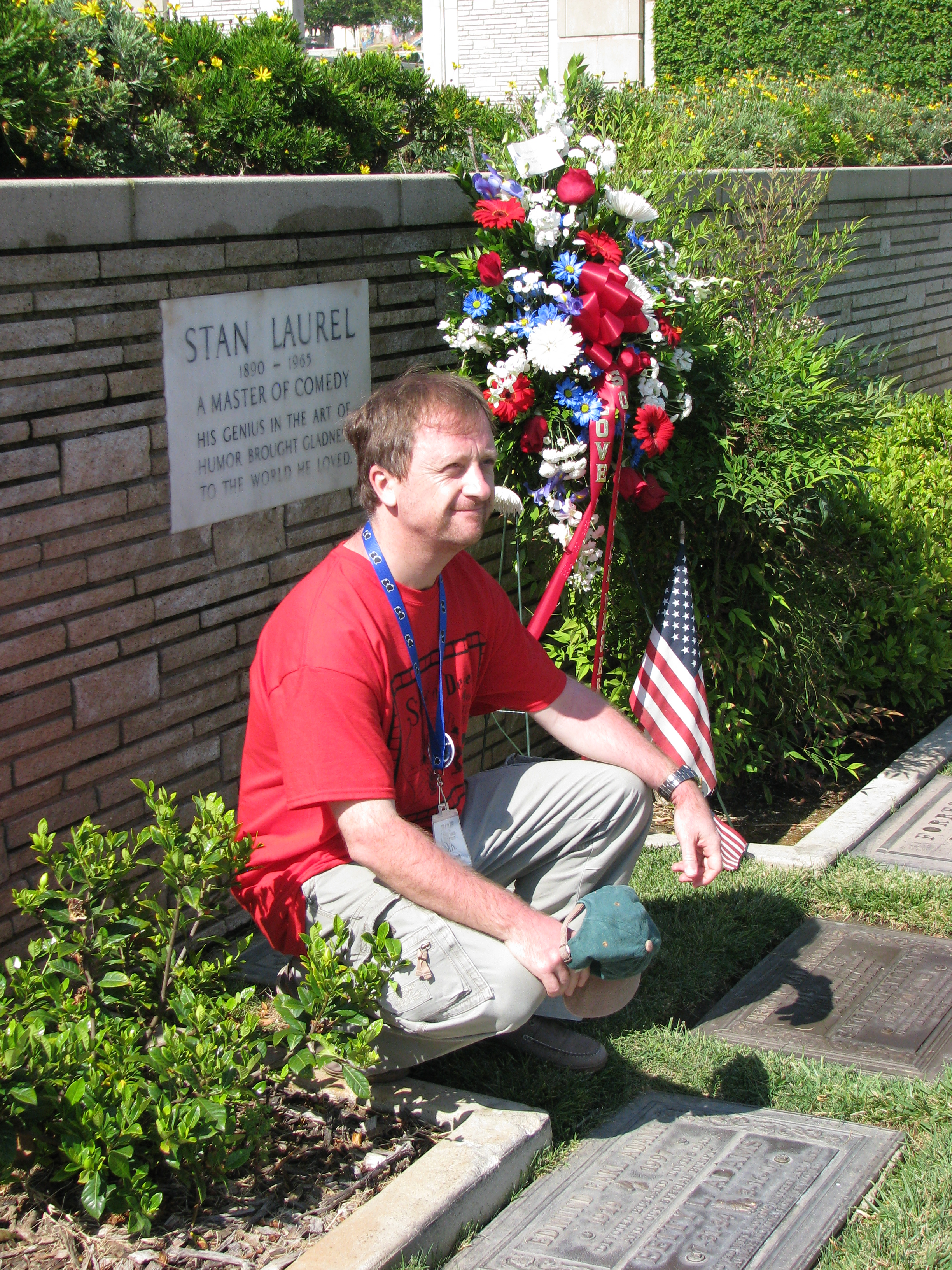 The first stop was Forrest Lawn Hollywood Hills.  International Son Peter Van Rooij poses with Stan's Marker.