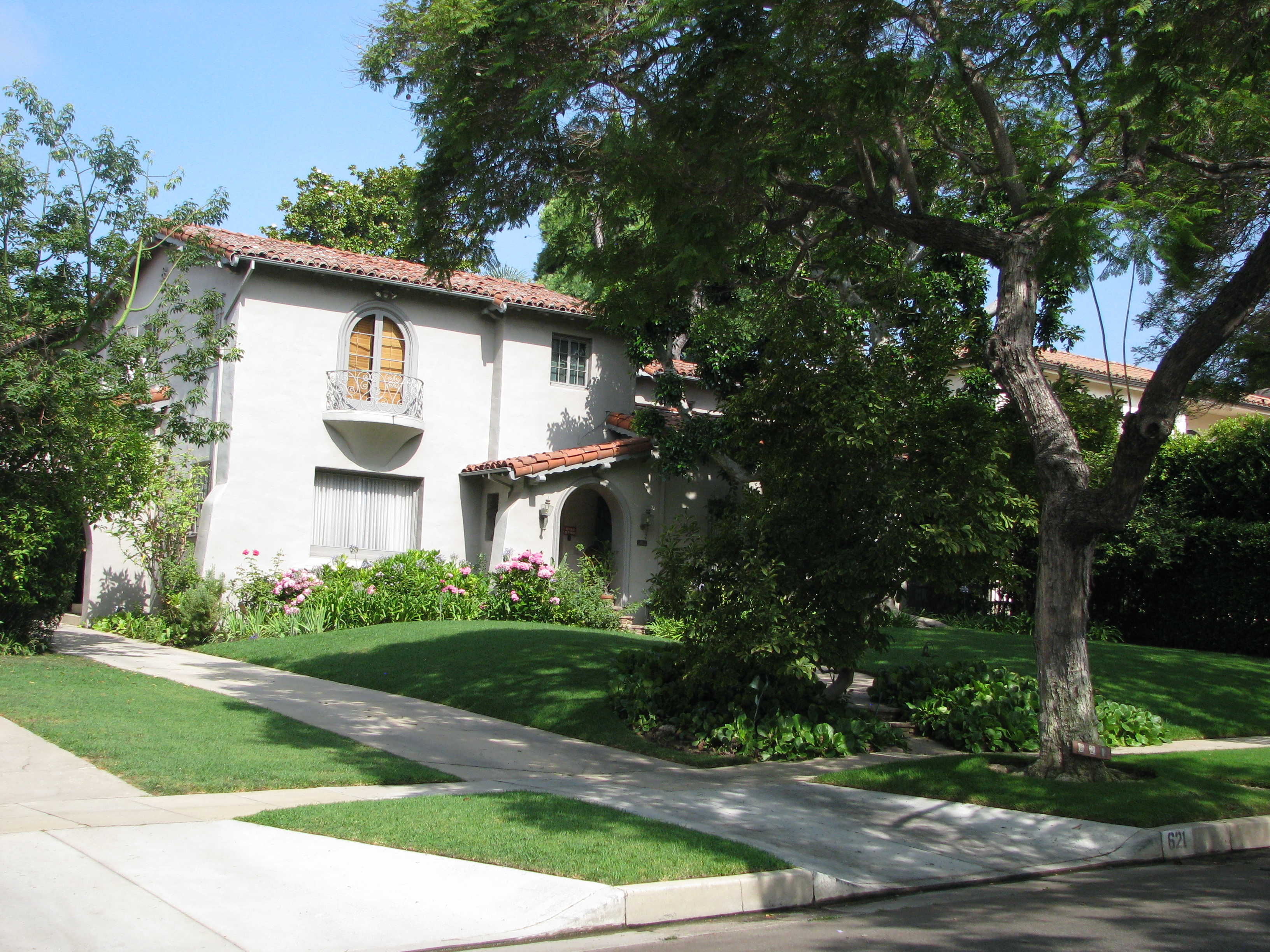 Oliver Hardy and Stand Laurel's Beverly Hills homes were a part of the tour for the first time.
