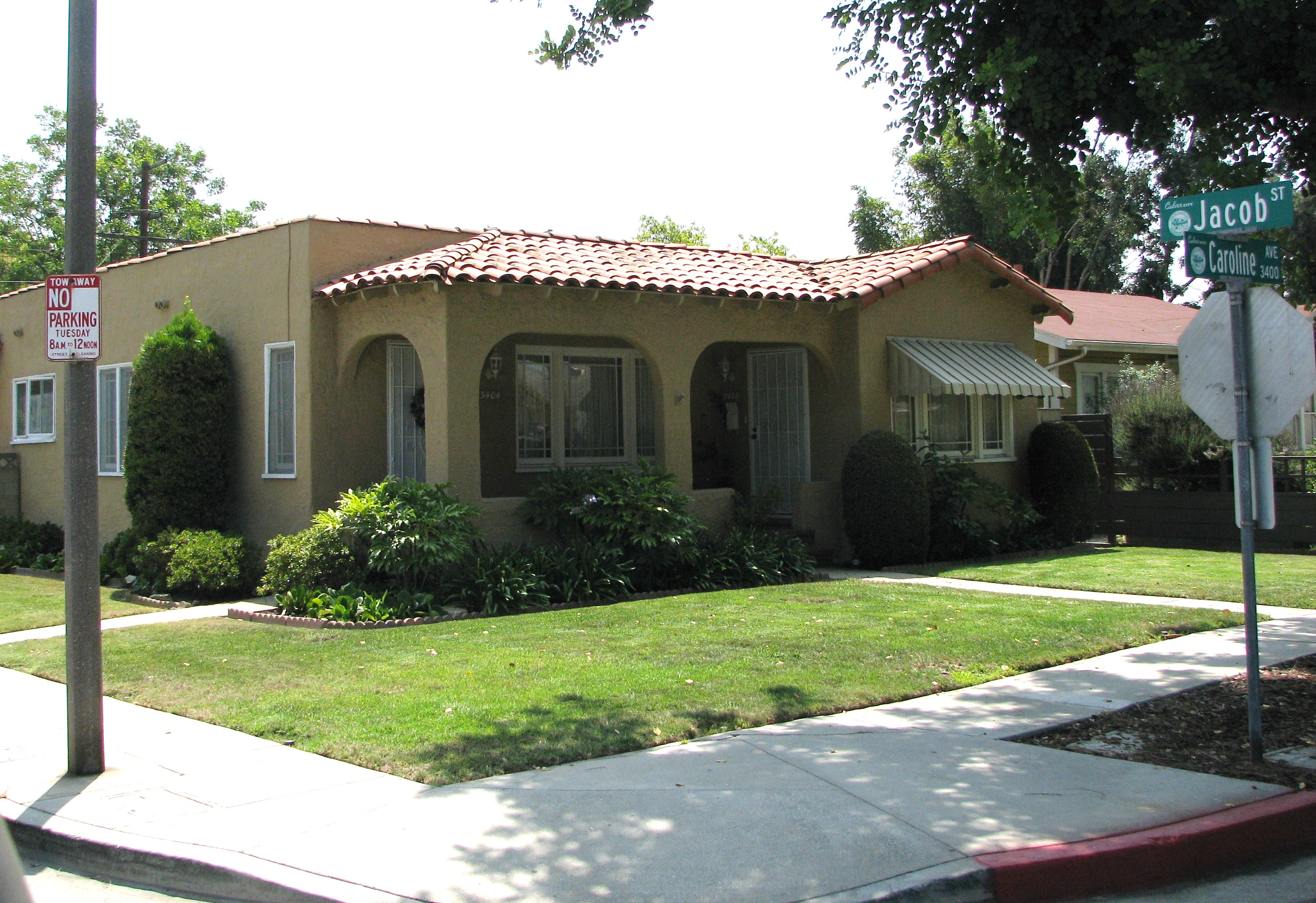 The first Big Business house and the Perfect Day House were seen in Culver City.