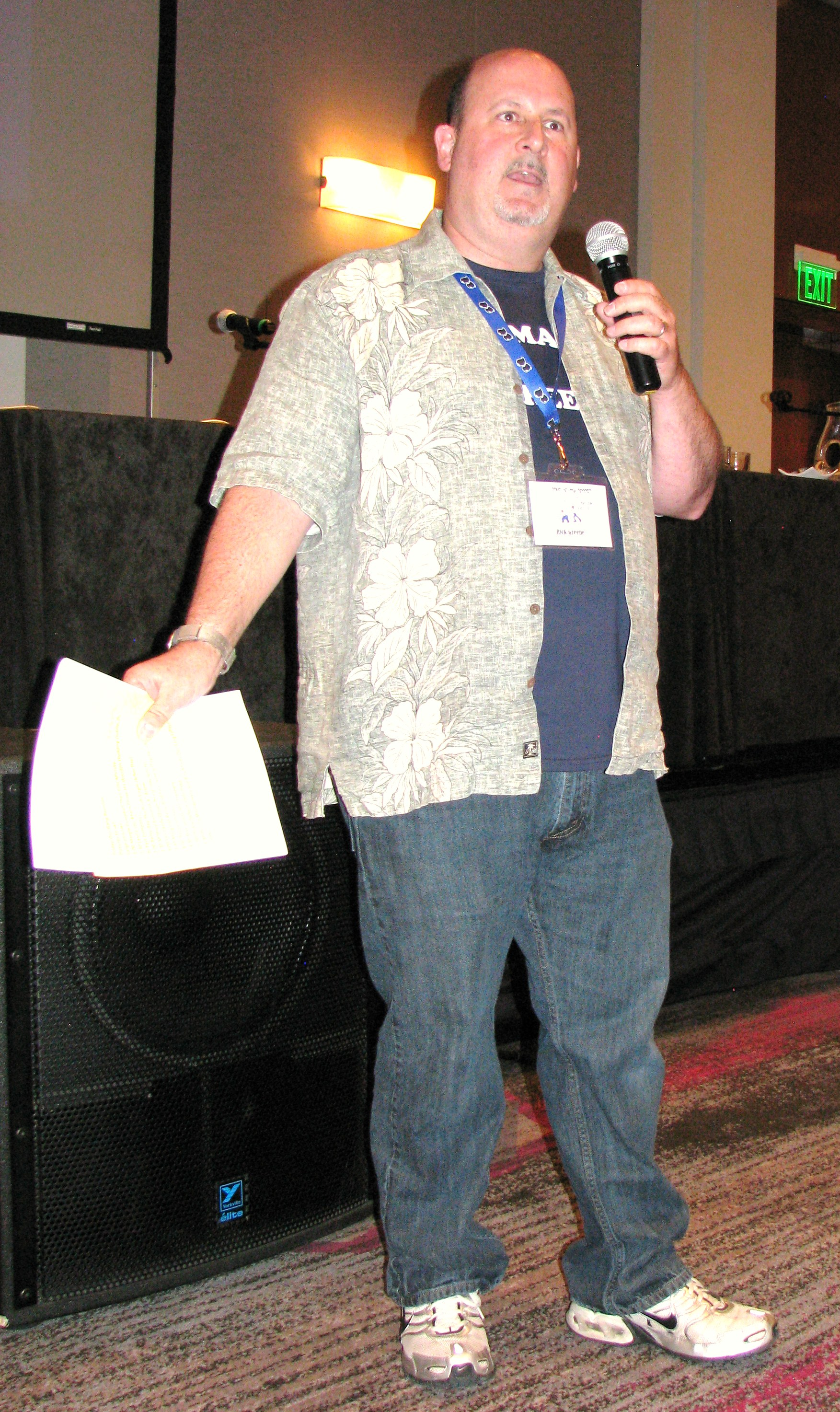 Rick Greene once again emcees the Our Gang Reunion at the convention (he did Hollywood '80's too).